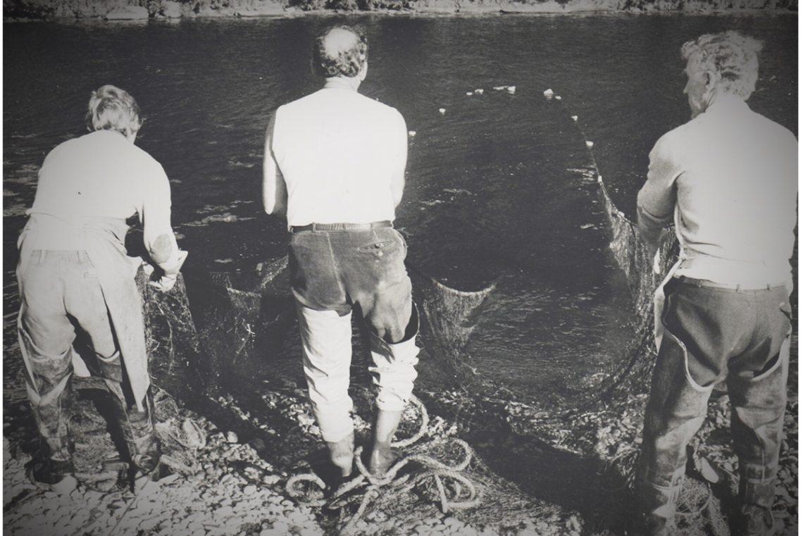 Salmon-netting-Littlehaugh-from-Riverbank