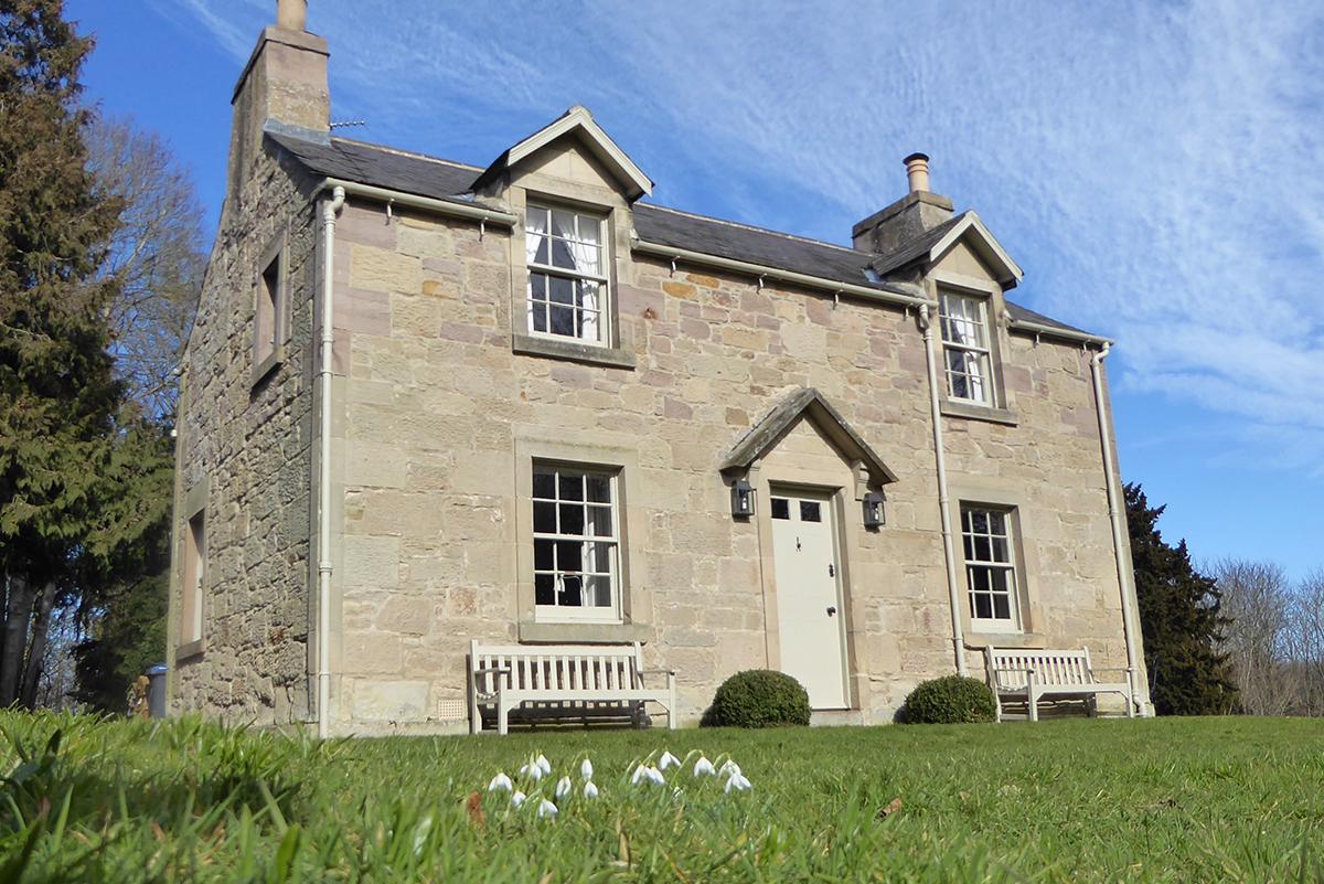 Milne-Graden-Garden-House-Holiday-Cottage-Exterior
