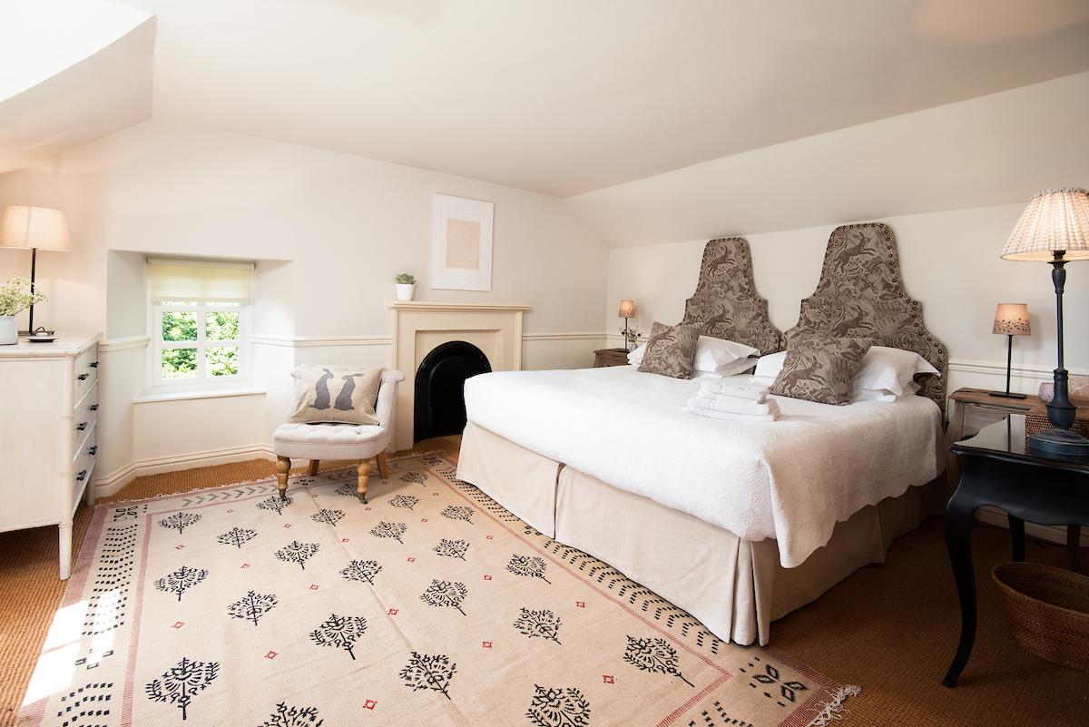 Garden-House-Harvest-Hare-Master-Bedroom